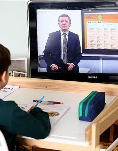 Milli Eğitim Bakanı Ziya Selçuk: 'Uzaktan eğitim kalıcı olacak'
