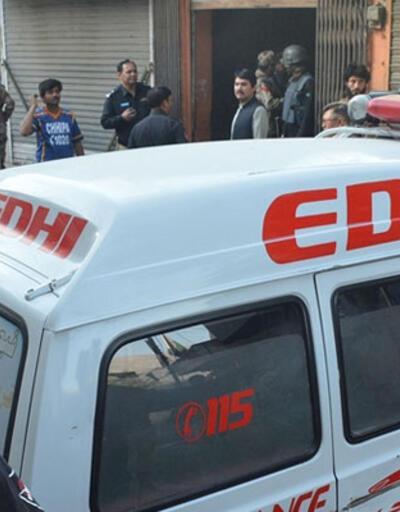 Pakistan'da bombalı saldırı: 3 ölü, 12 yaralı
