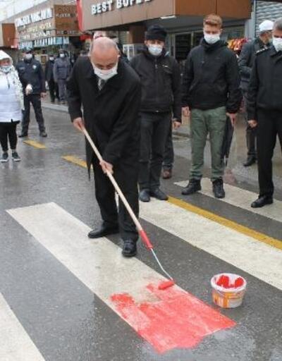 Yalova'da yaya geçitlerine 'kırmızı çizgi' uygulaması