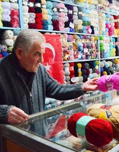 İznik'te 70 yıldır yün satıyor