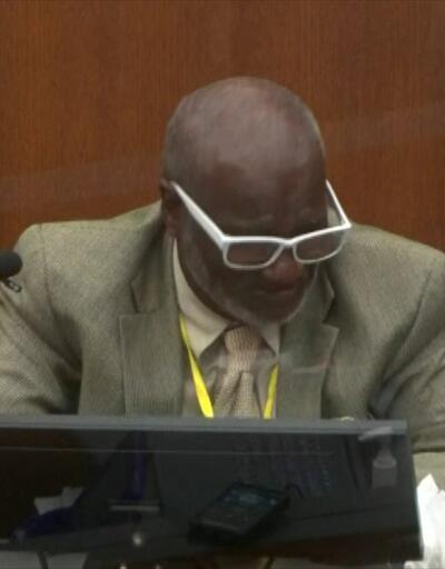 Mahkemede Floyd'un ölüm anını izlerken ağladı