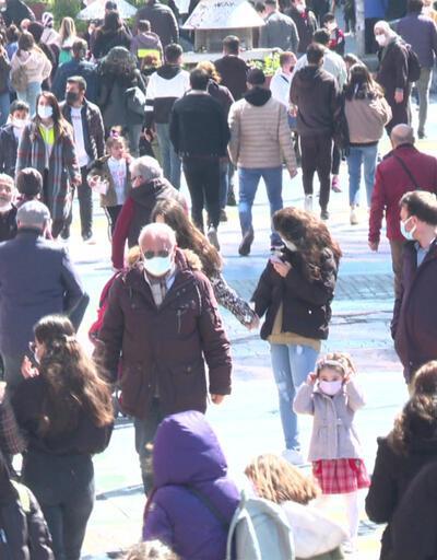 Türkiye'de koronavirüsün yayılımı durmuyor