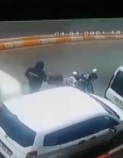 Motosiklet sürücüsünün öldüğü kaza güvenlik kamerasında