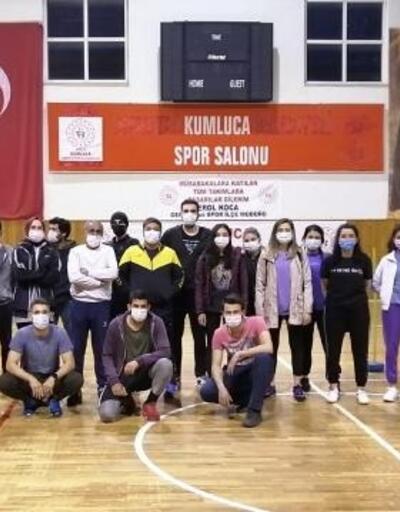 Kumluca'da polis adayları için kurs