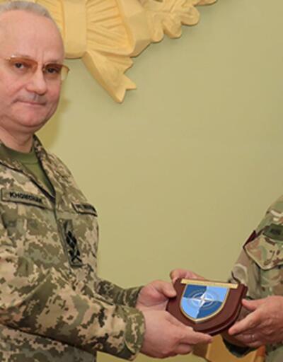 NATO Askeri Komite Başkanı Stuart Peach Ukrayna'da