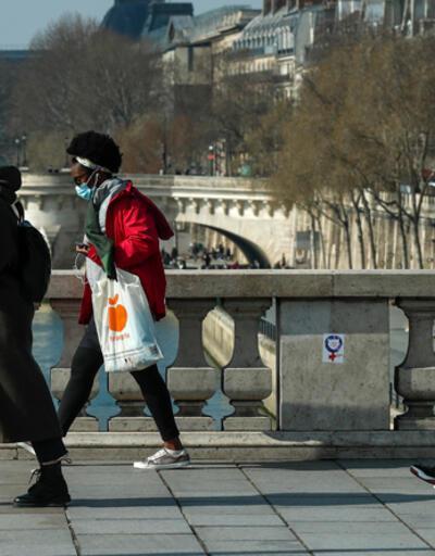 Fransa'da son 24 saatte 43 bin 284 vaka