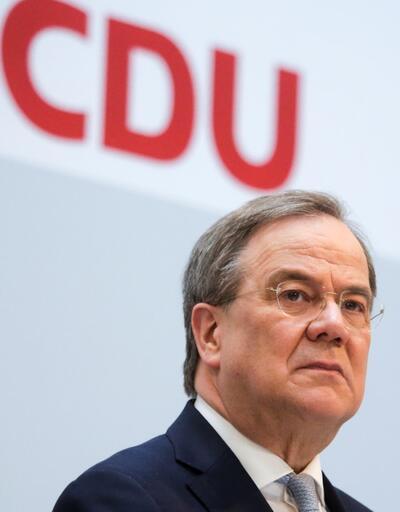 Merkel'in partisinden flaş 'Türk Armin' kararı