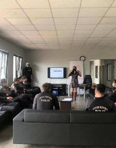 Çevik Kuvvet ekiplerine iletişim eğitimi