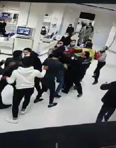 Hasta yakınları, acil serviste özel güvenlikçilere saldırdı