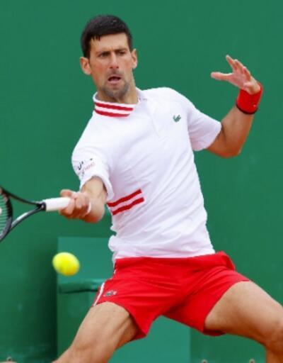 Novak Djokovic üçüncü turda veda etti