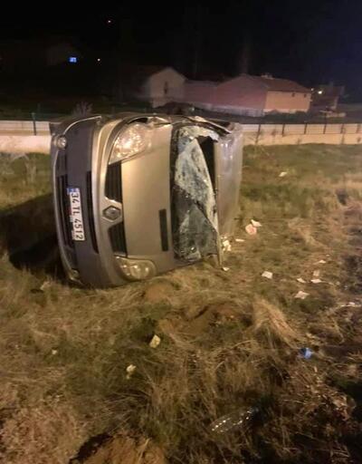 Minibüs devrildi, sürücü yaralandı