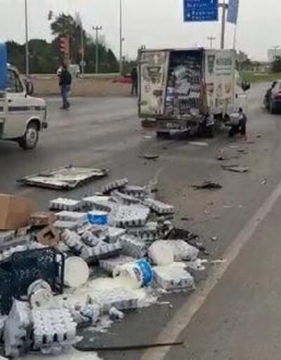 Otomobilin arkadan çarptığı kamyonetin kasasındaki ayranlar yola savruldu