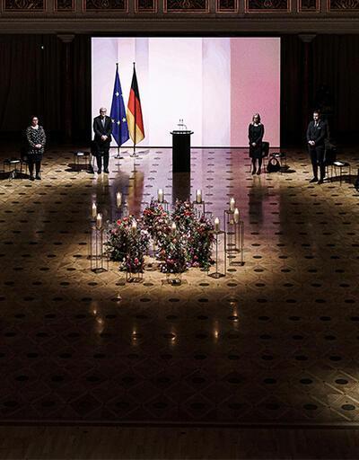 Almanya kayıpların yasını tutuyor