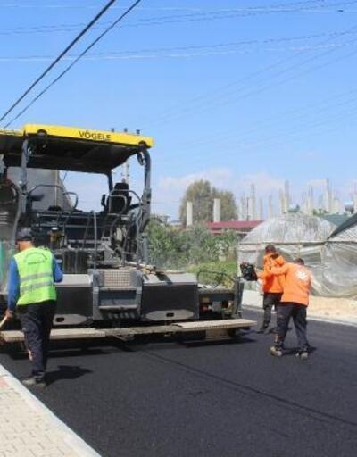 Kazanlı Mahallesi'nde 3 caddede asfalt çalışması
