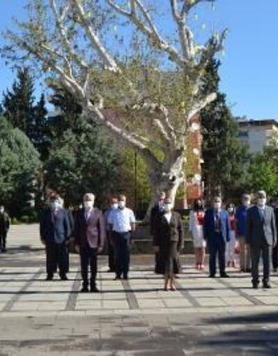 İslahiye'de, koronavirüs tedbirli 23 Nisan töreni