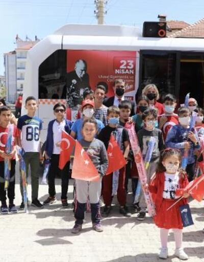 Elmalı Belediyesi'nden çocuklara 23 Nisan kutlaması