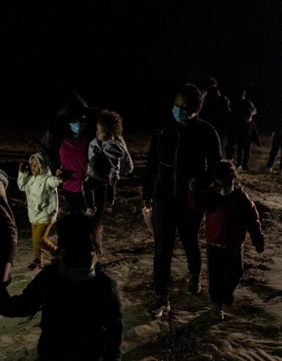 ABD'ye gitmek için yola çıkan 2 bin göçmenin Meksika'da kaybolduğu belirtildi
