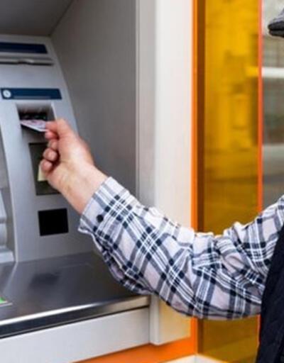 Emekliler maaşlarını çekebilecek mi? İçişleri Bakanlığı merak edilen soruları yanıtladı