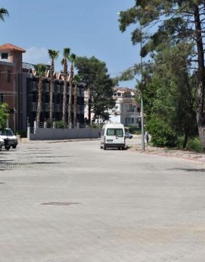 Kemer Belediyesi, yıllardır yapılamayan yolları yapıyor