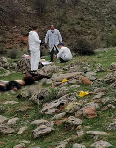 'Hayvan otlatma' kavgasında baba oğul öldürüldü