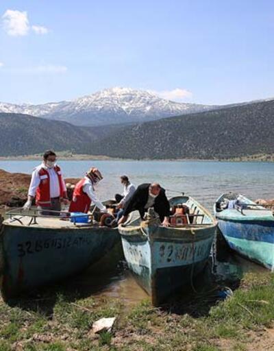 Gölün ortasındaki Mada'nın Yörük sakinleri Covid-19'dan uzak izole yaşıyor