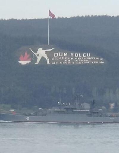 Rus savaş gemisi, 'Novocherkassk' Çanakkale Boğazı'ndan geçti