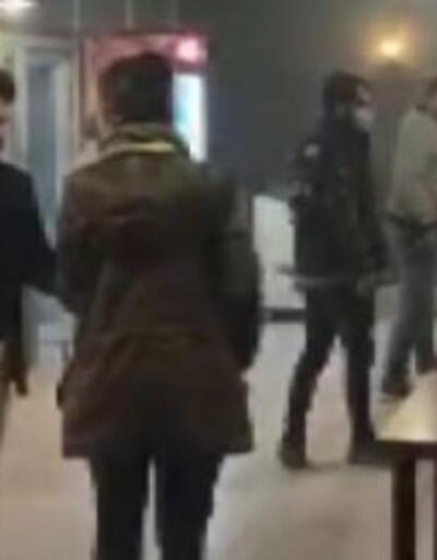 Kısıtlamalara rağmen 2 kafede oturan 28 kişiye 34 bin lira ceza