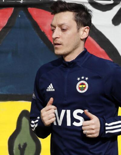 Son dakika... Emre Belözoğlu'nun Mesut Özil planı!
