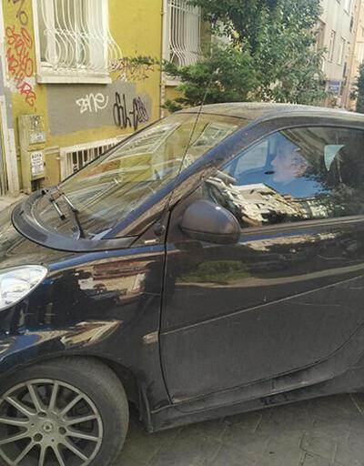 Küçük otomobiliyle trafiğe çözüm buldu