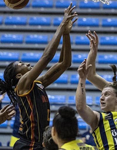 Fenerbahçe derbide Galatasaray'ı yendi