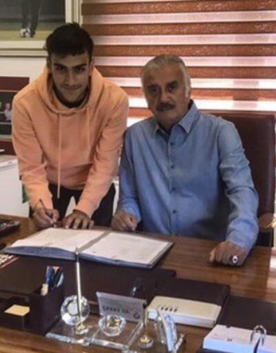 Eren Aydın'dan 3 yıllık imza