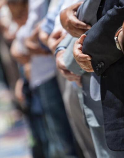 Adana bayram namazı kaçta? 2021 Adana bayram namazı vakti (saati) Diyanet il il Ramazan Bayramı namazı saatleri!