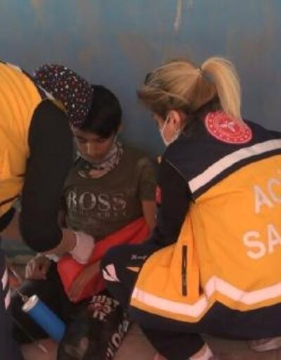 Pazar yerinin çatısından düşen çocuk yaralandı