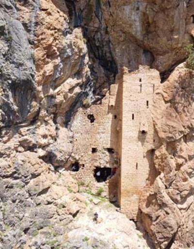 'Torosların Sümelası' olarak tabir edilen Sin Manastırı, keşfedilmeyi bekliyor
