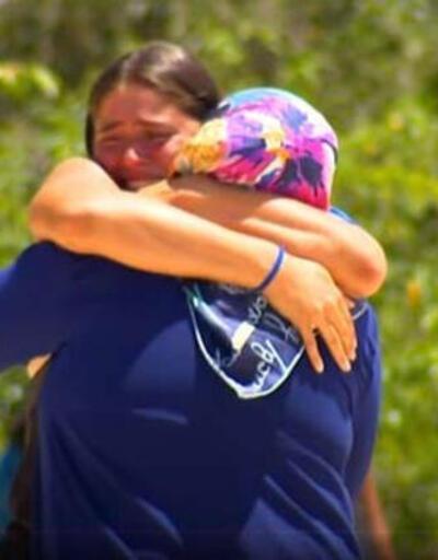 Yarışmacılar gözyaşlarına boğuldu