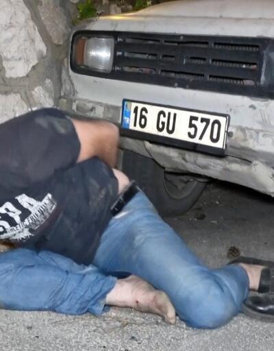 Kısıtlamada duvara çarpan kamyonetin sürücüsü polise zor anlar yaşattı
