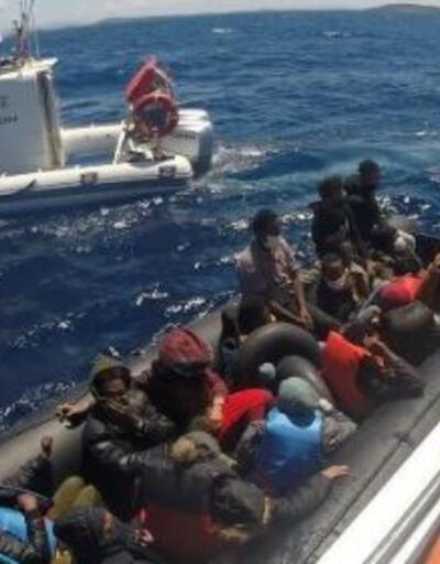 Ayvacık açıklarında 80 kaçak göçmeni Sahil Güvenlik kurtardı