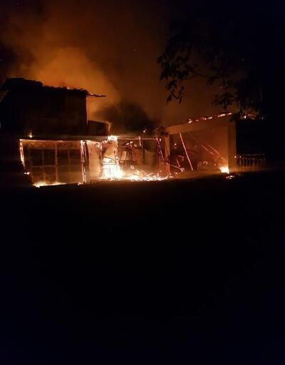 Sorgun'da ev, otomobil ve traktör yandı