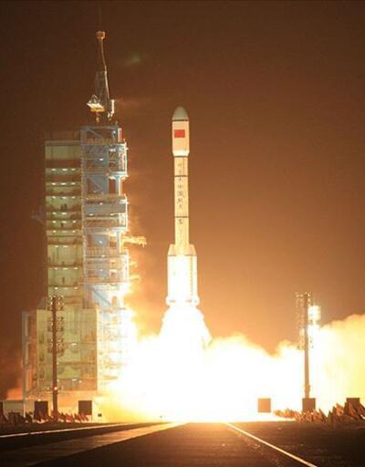 Çin uzay aracı Mars'tan ilk fotoğrafları gönderdi
