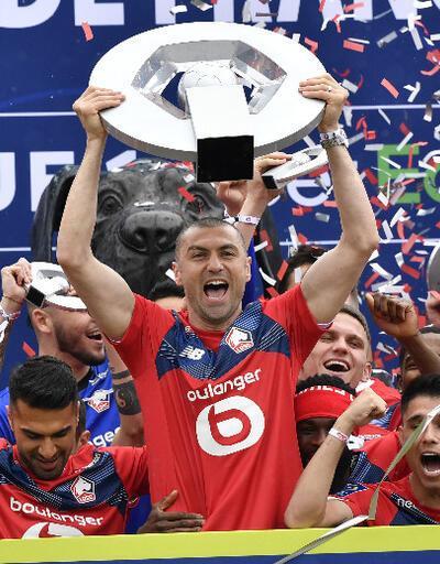 Fransa Ligue 1'de şampiyon Lille kupasını aldı