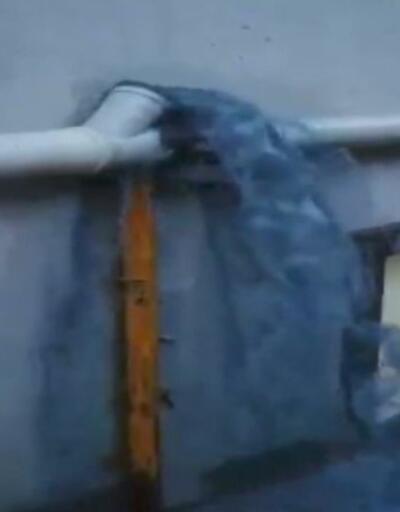 Esenyurt sokakları atık kimyasal suyla kirlendi