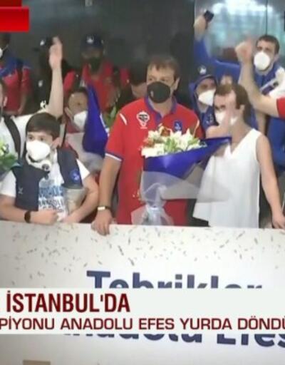 Anadolu Efes İstanbul'da coşkuyla karşılandı