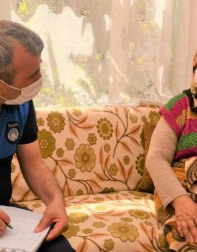 Parkinson hastası yaşlı kadına zabıtadan pazar alışverişi