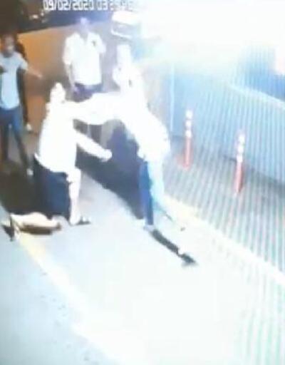 Polisin bıçaklandığı olayın güvenlik kamerası görüntüleri ortaya çıktı