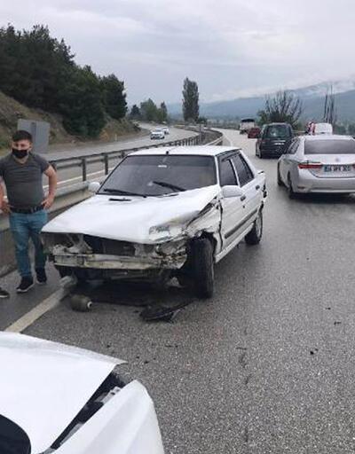 Aynı bölgede 3 ayrı trafik kazası: 5 yaralı