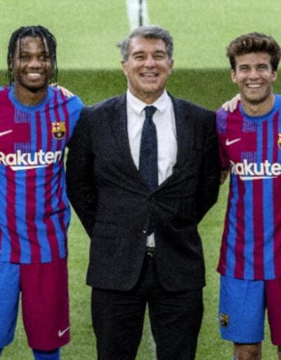 Barcelona yeni sezonun formalarını tanıttı