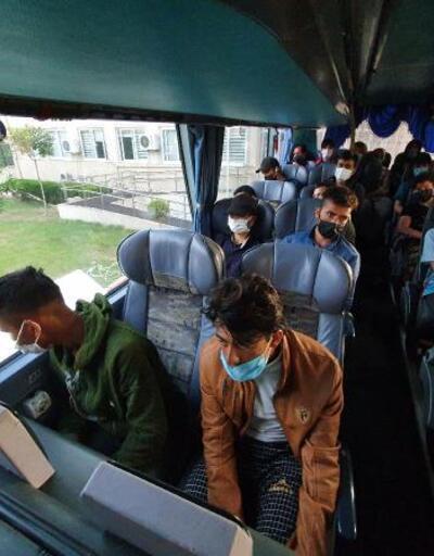 Otobüste 45 kaçak göçmen yakalandı: 2 sürücü gözaltında
