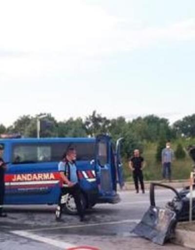Babaeski'de iki otomobilin çarpıştığı kazada 6 kişi yaralandı