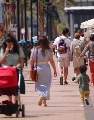 İspanya'da maskeler çıkıyor