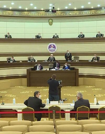 HDP'ye kapatma kararı için aranacak oy çokluğu tartışması